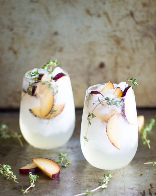 Plum-and-Thyme-Prosecco-Smash